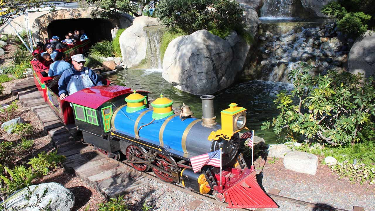 Adventure City Amusement Park train